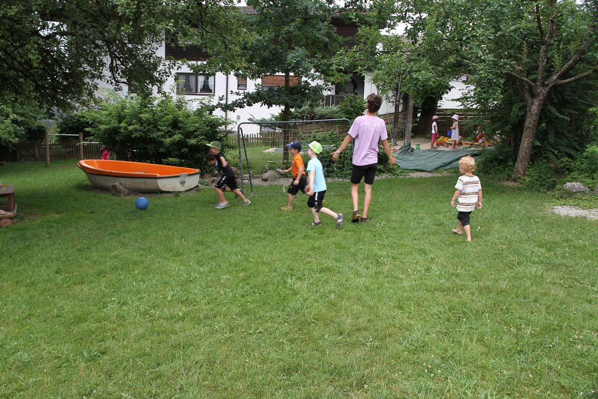 Fußball im Kindergarten