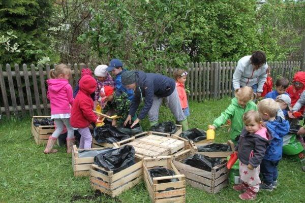 Gartenarbeit (2)